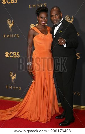 LOS ANGELES - SEP 17:  Viola Davis, Julius Tennon at the 69th Primetime Emmy Awards - Arrivals at the Microsoft Theater on September 17, 2017 in Los Angeles, CA