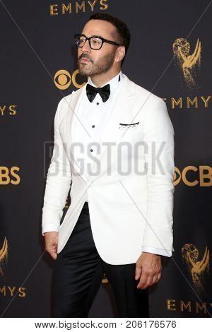 LOS ANGELES - SEP 17:  Jeremy Piven at the 69th Primetime Emmy Awards - Arrivals at the Microsoft Theater on September 17, 2017 in Los Angeles, CA