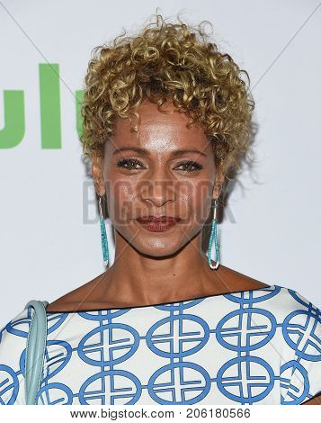 LOS ANGELES - SEP 12:  Michelle Hurd arrives for