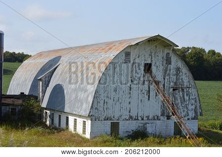 White old barn near Eau Claire/ Osseo/ Strum, Wisconsin.