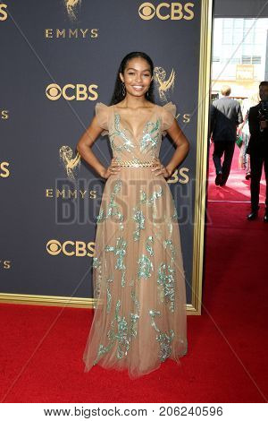 LOS ANGELES - SEP 17:  Yara Shahidi at the 69th Primetime Emmy Awards - Arrivals at the Microsoft Theater on September 17, 2017 in Los Angeles, CA