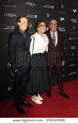 LOS ANGELES - SEP 15:  Geoffrey Rush at the 69th Primetime Emmy Awards Performers Nominee Reception at the Wallis Annenberg Center for the Performing Arts on September 15, 2017 in Beverly Hills, CA