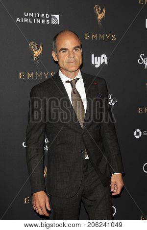 LOS ANGELES - SEP 15:  Michael Kelly at the 69th Primetime Emmy Awards Performers Nominee Reception at the Wallis Annenberg Center for the Performing Arts on September 15, 2017 in Beverly Hills, CA