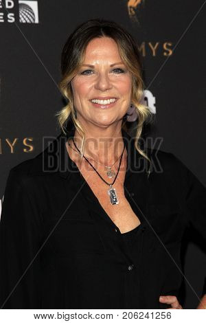 LOS ANGELES - SEP 15:  Mo Collins at the 69th Primetime Emmy Awards Performers Nominee Reception at the Wallis Annenberg Center for the Performing Arts on September 15, 2017 in Beverly Hills, CA