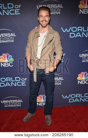 LOS ANGELES - SEP 19:  Derek Hough arrives for the premiere of