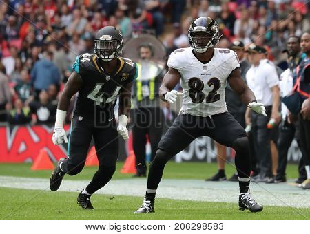 LONDON, ENGLAND - SEPTEMBER 24: Myles Jack linebacker for the Jaguars and Benjamin Watson tight end for the Ravens during the NFL match between The Jacksonville Jaguars and The Baltimore Ravens