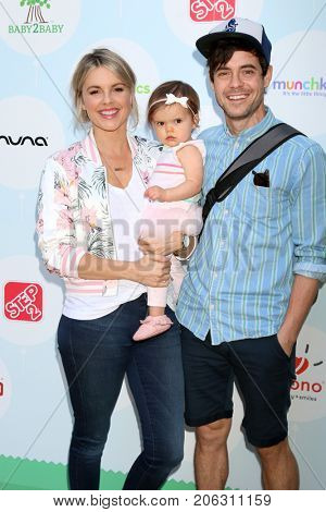 LOS ANGELES - SEP 23:  Ali Fedotowsky, Molly Manno, Kevin Manno at the 6th Annual Red CARpet Safety Awareness Event at the Sony Pictures Studio on September 23, 2017 in Culver City, CA