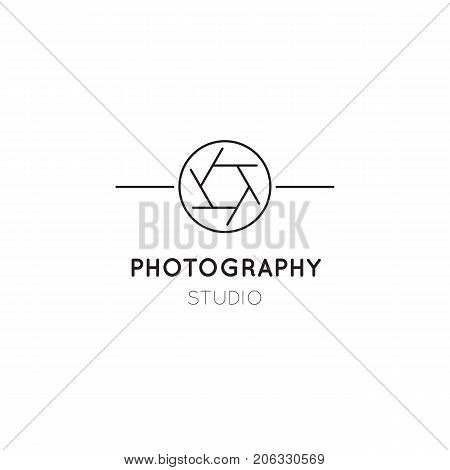 Vector thin line icon, camera shutter silhouette. Logo template illustration for photographer, photography studio, shop or school. Black on white isolated symbol. Simple mono linear modern design.