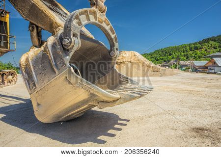 Career Excavator For Mining Of Limestone