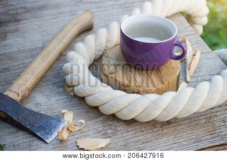 a break in the work of a carpenter with a Cup of milk