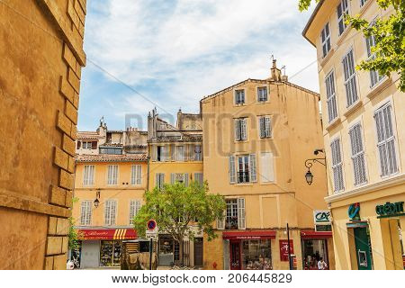 City View In The Old Town Of Aix-en-provence, South France