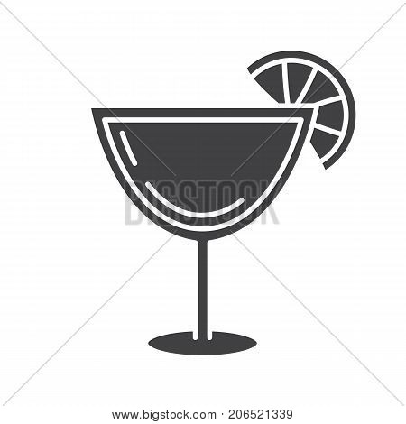 Margarita cocktail glyph icon. Silhouette symbol. Martini drink. Negative space. Vector isolated illustration