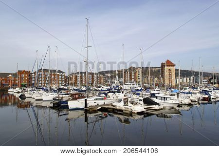 apartment, building, SA1, boats, city, community, day, harbor, home, ownership, lifestyles, landmark, marina, modern, moored, motor, neighborhood, outdoors, quay, quayside, residential, district, sail, swansea, uk, wales, waterfront, yacht, tourism,