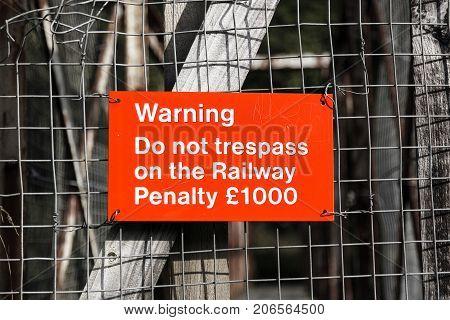 Warning not to trespass on the railway