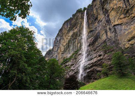 Staubbach falls 297 metres (974 ft) third highest fall in Switzerland. Lauterbrunnen Bernese Oberland Switzerland