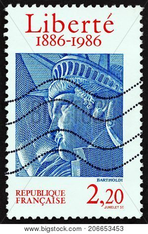 FRANCE - CIRCA 1986: A stamp printed in France issued for the centenary of Statue of Liberty shows Head of Statue, circa 1986.