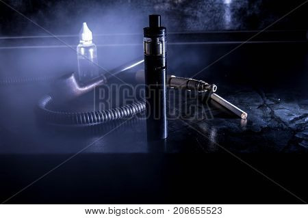 Set for vaping electronic cigarettes and nicotine