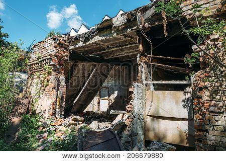 ruined abandoned house building after disaster, war, earthquake, Hurricane or other natural cataclysm