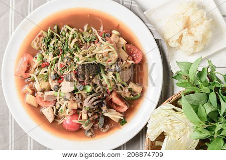 Thai Spicy Papaya Salad With Pork Sausage, Salted Crab