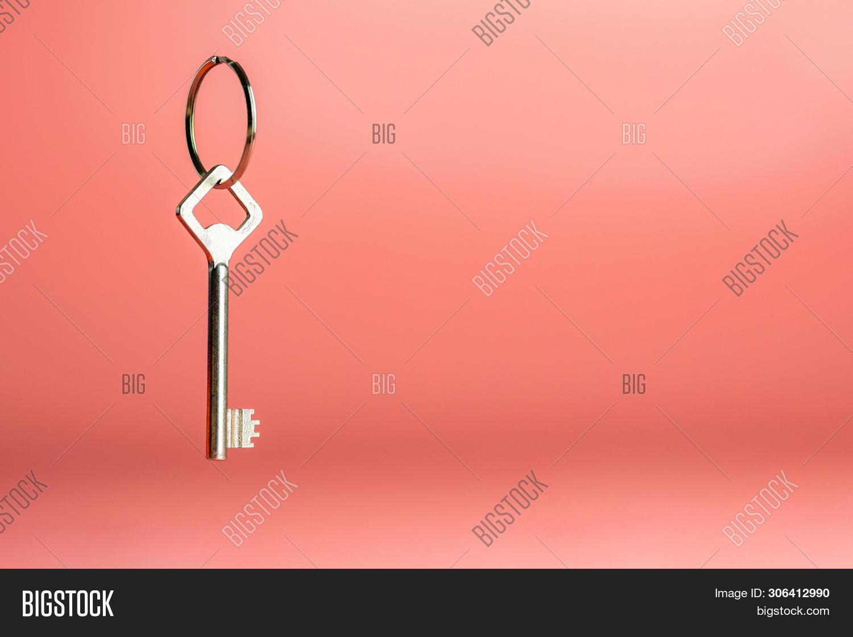 Key On Keyring, Copy Image & Photo (Free Trial) | Bigstock