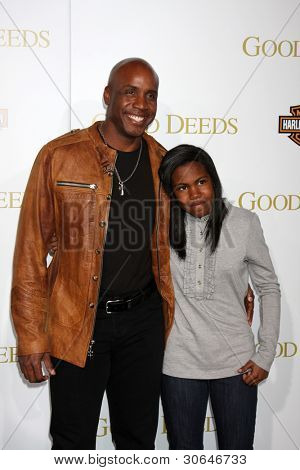 LOS ANGELES - FEB 14:  Barry Bonds arrives at the