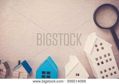 Model Blue And White Houses And Magnifying Glass, Picking The Right House Property, House Searching,