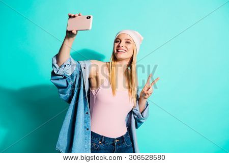 Portrait Of Her She Nice-looking Attractive Lovely Cheerful Cheery Girl Wearing Streetstyle Clothing