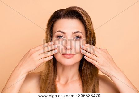 Close Up Photo Beautiful Amazing Mature She Her Lady After Anti-age Procedures Aesthetic Pretty Idea