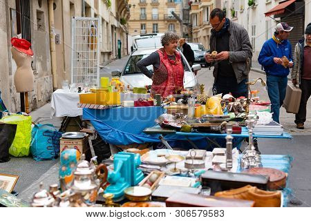 Paris, France, 20 May 2019 - Unidentified People At The Traditional Flea Market  In The Morning, Fle