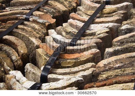 tejas de barro antiguas