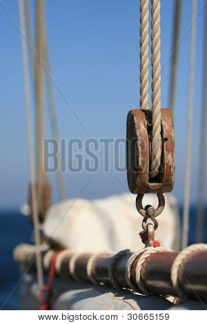 Ropes and other stuff of an old sail boat