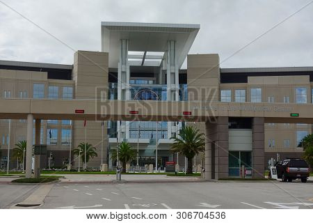 Orlando, Fl/usa-6/16/19: The Orlando Va Medical Center. Veterans Affairs Hospitals Are Part Of The U