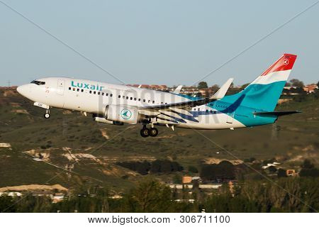 Luxair Boeing 737-700 Lx-lgs Passenger Plane Departure At Madrid Barajas Airport