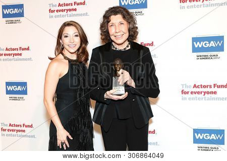 LOS ANGELES - JUN 9: Christina Bianco, Lily Tomlin at The Actors Fund's 23rd Annual Tony Awards Viewing Gala honoring Lily Tomlin at the Skirball Cultural Center on June 9, 2019 in Los Angeles, CA