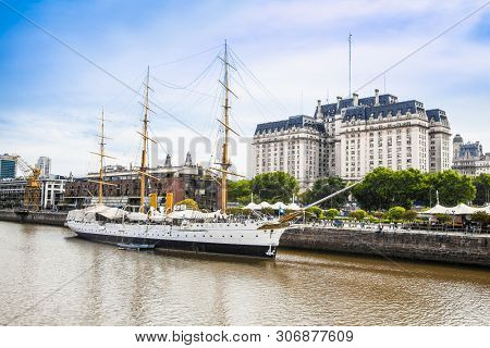 Buenos Aires Argentina - Dec 27, 2018: Boat at Puerto Madero district on suny day in Buenos Aires, Argentina.