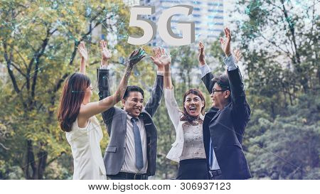 Business People Success Achievement 5g In The City.success, Business, Office And Winning Concept - H