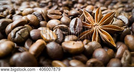 Star Anise Anise And Grains Of Roasted Coffee