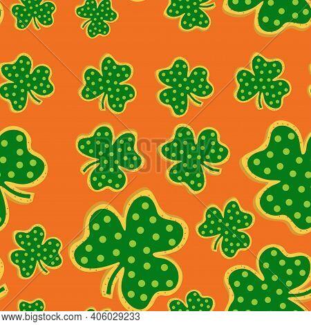 St Patricks Day Cookies Seamless Pattern. Shamrock St. Patricks Day Sugar Cookies. Vector Illustrati