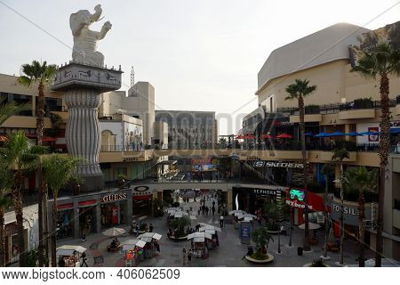 Hollywood - January 23, 2014: Aerial Of Hollywood & Highland Entertainment Center Of Los Angeles. St