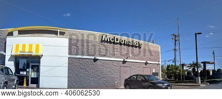 Honolulu - December 22, 2020: Panoramic Image Of Mcdonalds Store Dillingham In Honolulu, Hawaii.  Mc