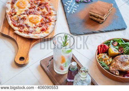 Set Menu Pizza Fried Chicken Dessert And Beverage.
