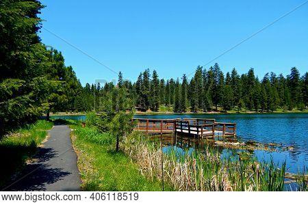 Day Use Recreation - A Fishing Dock And Hiking Trail That Encircles Walton Lake - Ochoco Mountains -