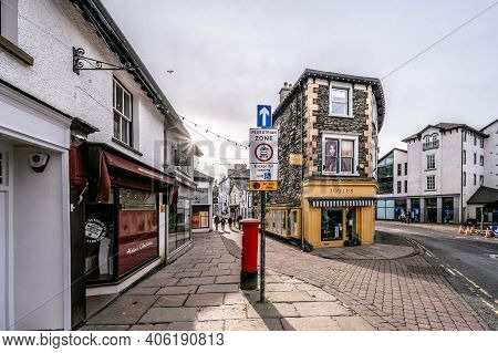 Bowness On Windermere, Cumbria, Uk - February 01, 2021: Street Of Shops In The Tourist Town Bowness