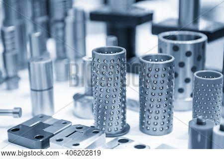 The Ball Slide Bushing Sample Part For Press Die Equipment. The Standard Part For Press Die Manufact