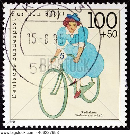 Germany - Circa 1991: A Stamp Printed In Germany Shows Cycling, World Championships, Circa 1991