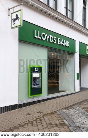 Leeds, Uk - July 11, 2016: Lloyds Bank In Leeds, Uk. Lloyds Bank Is A Public Limited Company And Is