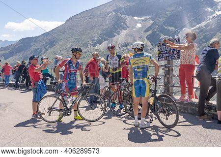 Grossglockner, Austria - Aug 8, 2020: Bickers Take Rest At Kaiser-franz-josefs-hoehe View Point