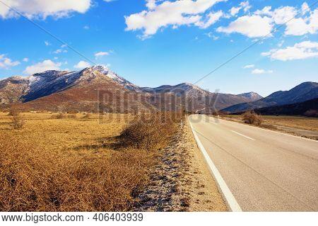 Bosnia And Herzegovina, Republika Srpska, Zubacko Polje. View Of Valley In Dinaric Alps On Sunny Win