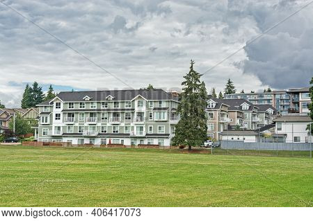 New Residential Low-rise Building With Huge Green Lawn In Front