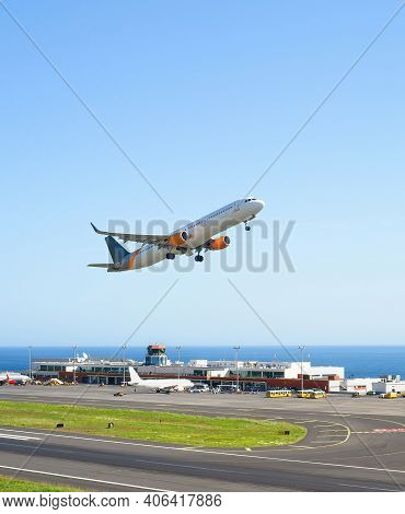 Airplane Taking Off International Airport Skyward View, Planes Parked By Terminal, Sunshine, Seascap